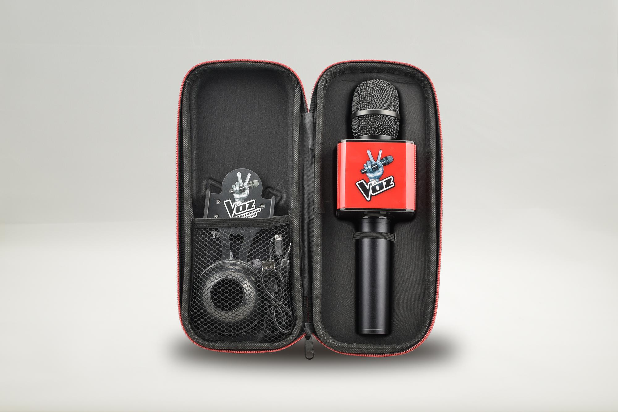 Contenido del kit del nuevo Micro de la Voz con Karaoke negro y rojo de La Voz de Antena 3